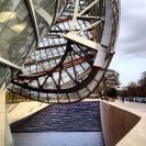 Foundation Louis Vuitton picture instagram (1)