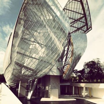 Foundation Louis Vuitton picture instagram (4)